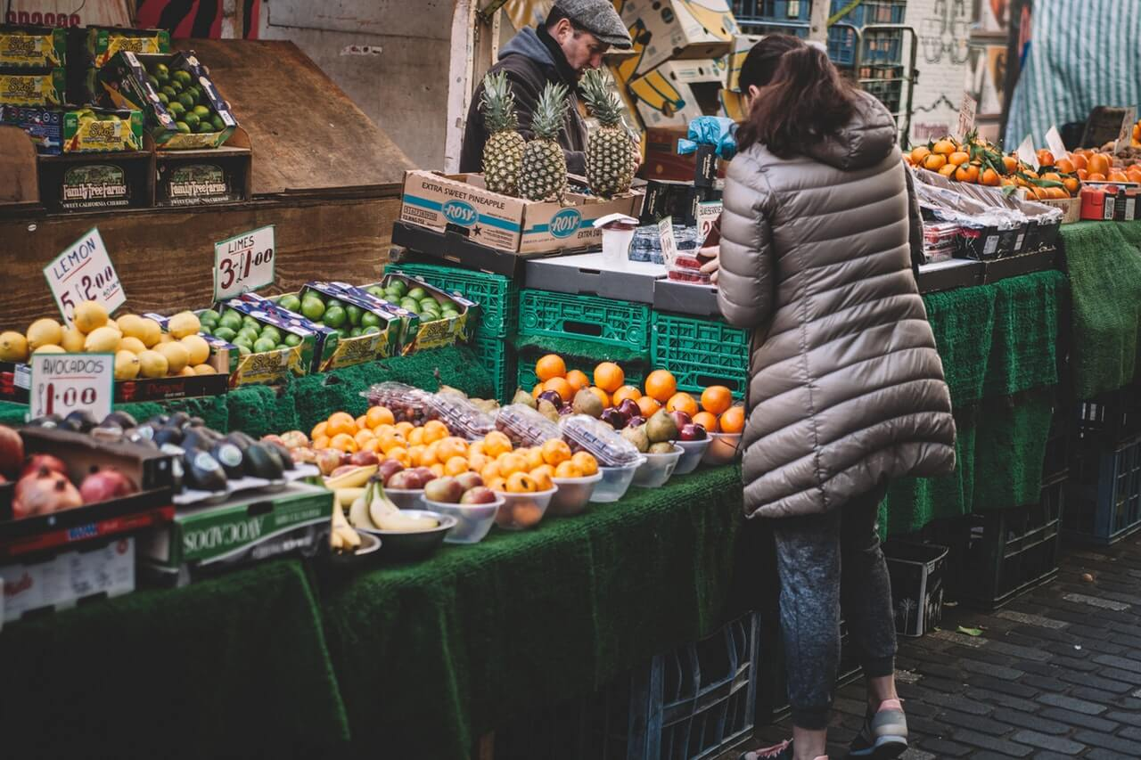 shop local from farmer's market