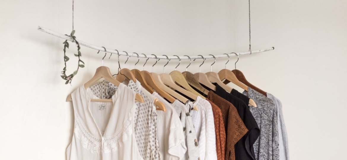 Chic conscious closet - How to Build a Minimalist Wardrobe