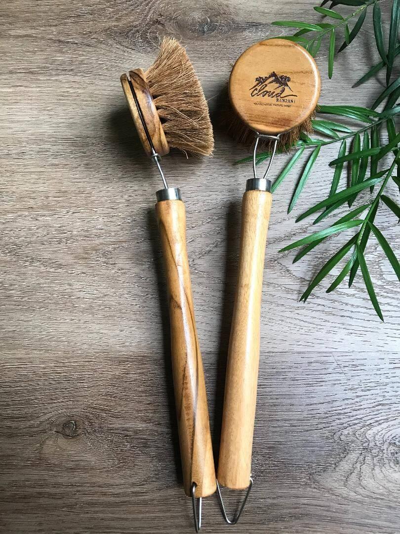 Zero waste kitchen cleaning brush