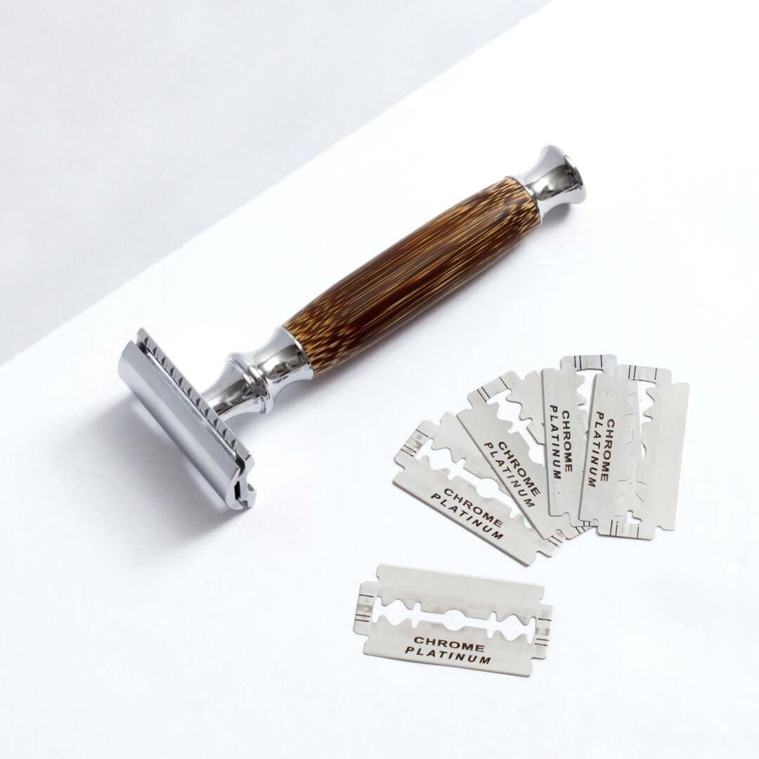 Plastic-free safety razor